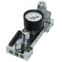 ユタカ 計測機器 ブラス製配管用小型角型圧力調整器(ニードル弁付) BFM-01A2-2TF2TF-1AG 1個 (直送品)