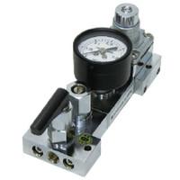 ユタカ 計測機器 ステンレス製配管用小型角型圧力調整器(ニードル弁付) BSM-01A2-2TF2TF-1AG 1個 (直送品)